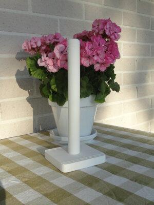 Hushållspappers hållare i trä vit, Different design