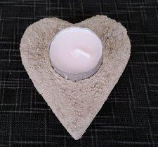 Hjärta i betong som man kan ha ljus i 10x9cm